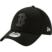 New Era Men's Boston Red Sox 39Thirty Clubhouse Black Stretch Fit Hat
