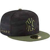 New Era Men's New York Yankees 59Fifty 2018 Memorial Day Fitted Hat