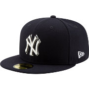 New Era Men's New York Yankees 59Fifty Metal Thread Fitted Hat