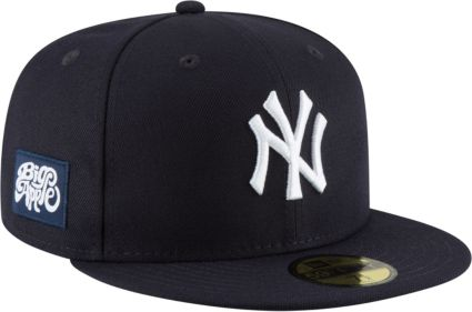 ... New York Yankees 59Fifty Navy Fitted Hat w  Big Apple Patch.  noImageFound 3d8b76c9f20