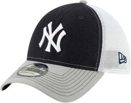 New Era Men s New York Yankees 39Thirty Practice Piece Stretch Fit Hat.  noImageFound dfc08702bc4