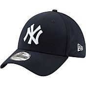 New Era Men's New York Yankees 39Thirty Perf Play Stretch Fit Hat