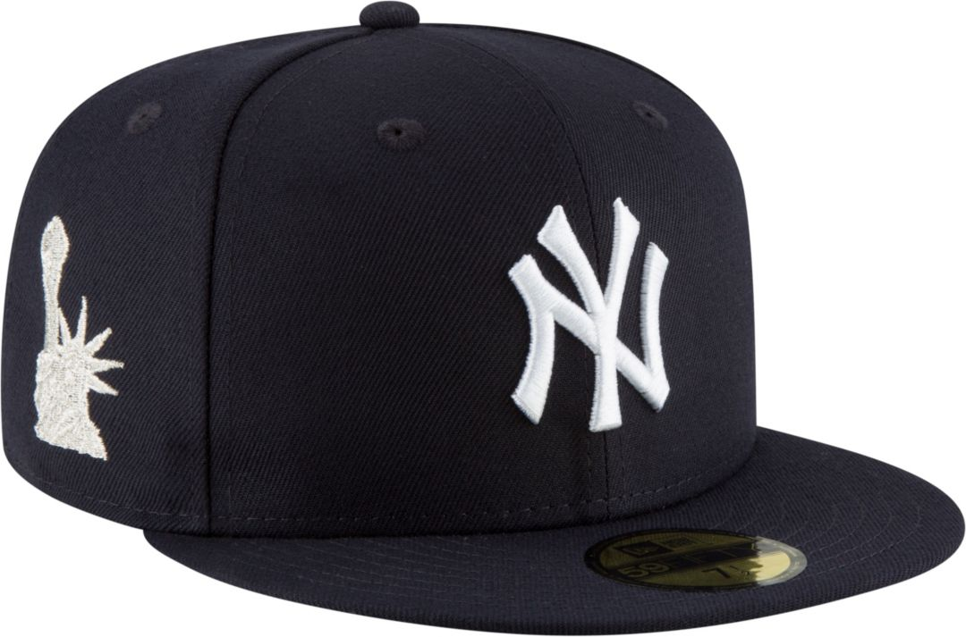 5346971e84e03 New Era Men's New York Yankees 59Fifty Navy Fitted Hat w/ Statue of Liberty  Patch