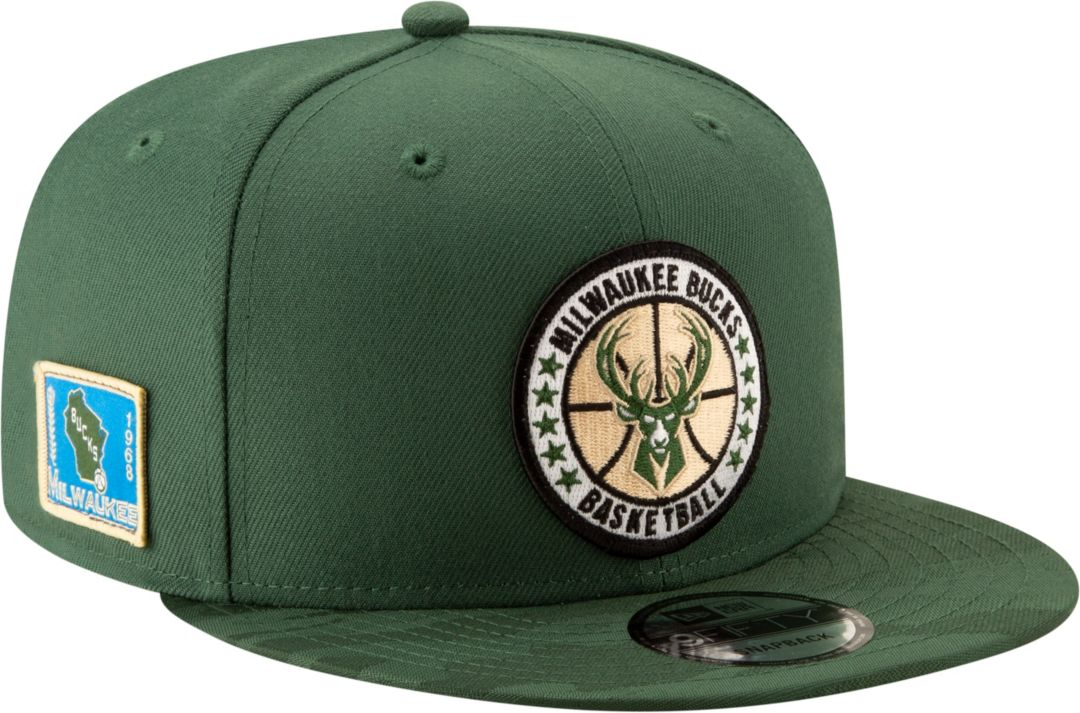 512ab145c69 New Era Men s Milwaukee Bucks 9Fifty On-Court Adjustable Snapback Hat 1