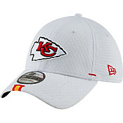 outlet store 4dd1d f5780 New Era Men s Kansas City Chiefs Sideline Training Camp 39Thirty Stretch  Fit White Hat
