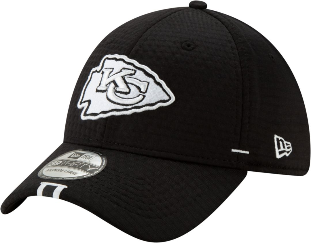 uk availability 5e3bc e9ccd New Era Men s Kansas City Chiefs Sideline Training Camp 39Thirty Stretch Fit  Black Hat 1