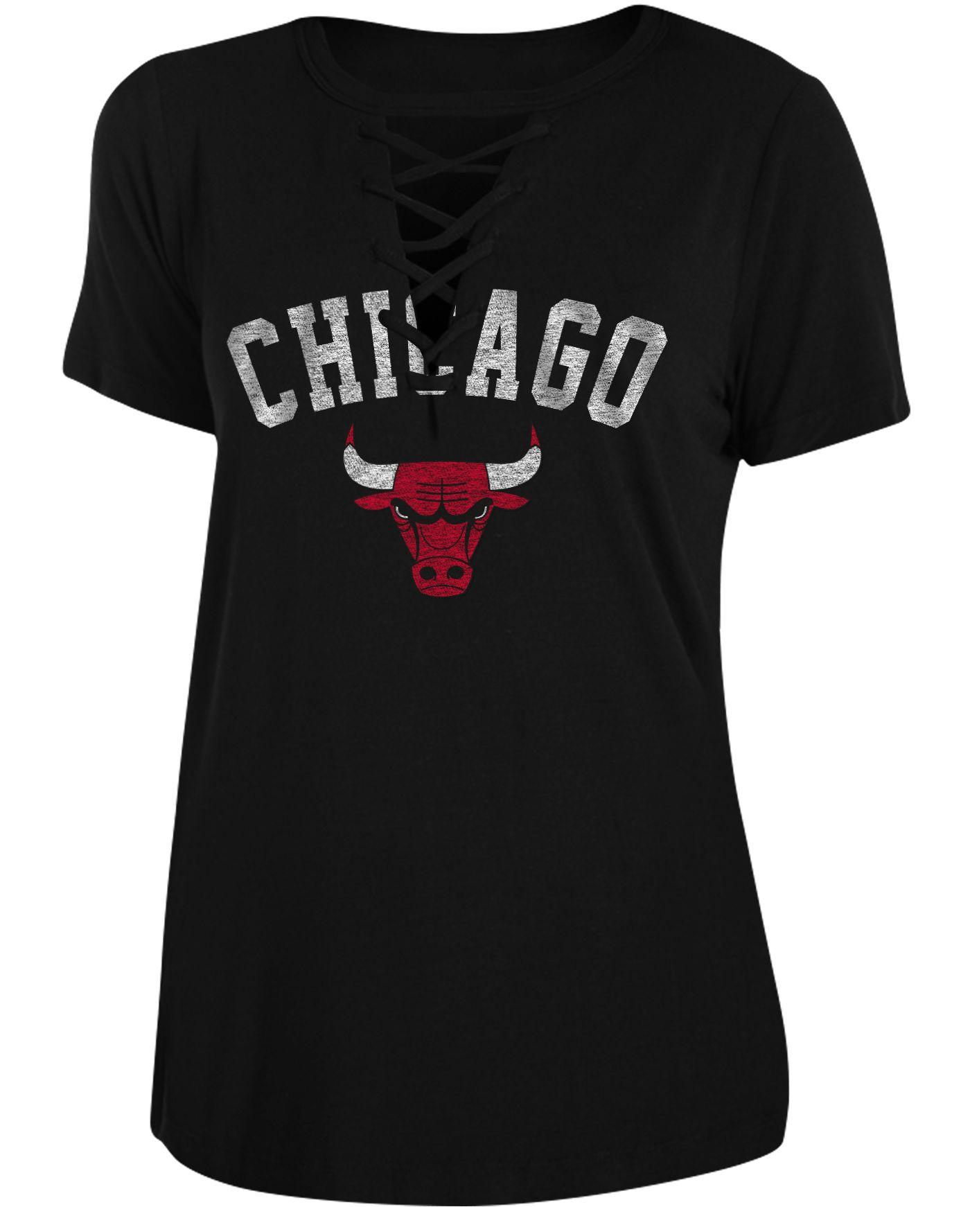 New Era Women's Chicago Bulls Lace-Up V-Neck T-Shirt