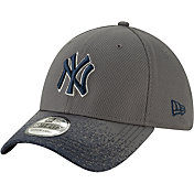 New Era Youth New York Yankees 39Thirty Blur Visor Stretch Fit Hat
