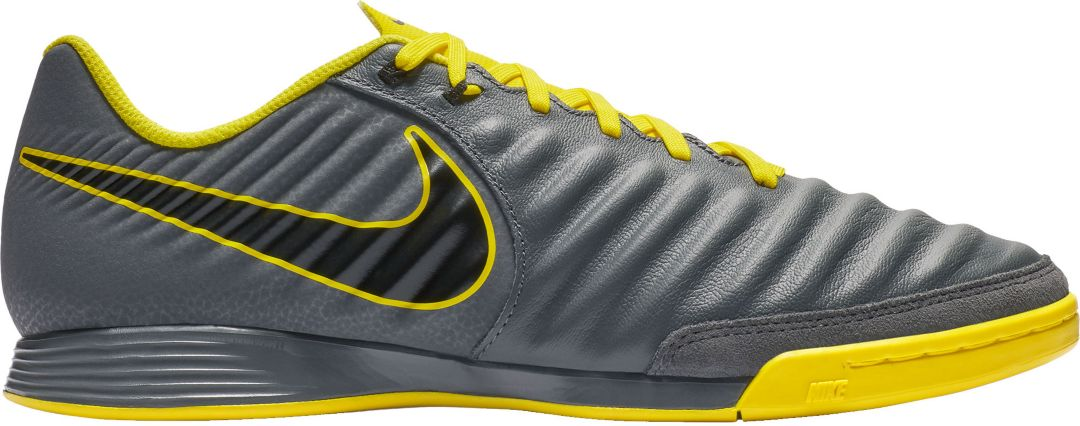 differently 6938d 3d18f Nike TiempoX Legend 7 Academy Indoor Soccer Shoes