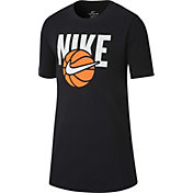 Nike Boys' Sportswear Basketball Logo Graphic T-Shirt