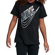 Nike Girls' Sportswear Faceted Futura Graphic Tee