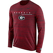 Nike Men's Georgia Bulldogs Red Velocity Legend Graphic Long Sleeve T-Shirt