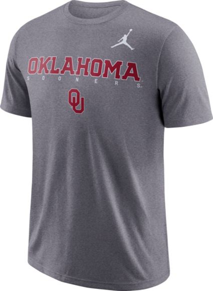 Jordan Men s Oklahoma Sooners Grey Football Dri-FIT Facility T-Shirt.  noImageFound 93083875a