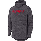 Nike Men's Oklahoma Sooners Grey Heathered Dri-FIT Spotlight Pullover Hoodie