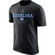 Jordan Men's North Carolina Tar Heels Key Basketball Legend Black T-Shirt