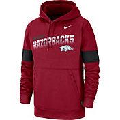 Nike Men's Arkansas Razorbacks Cardinal Therma Football Sideline Pullover Hoodie