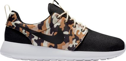 huge discount 9d5c7 cffb0 Nike Men s Roshe One SE Camo Shoes
