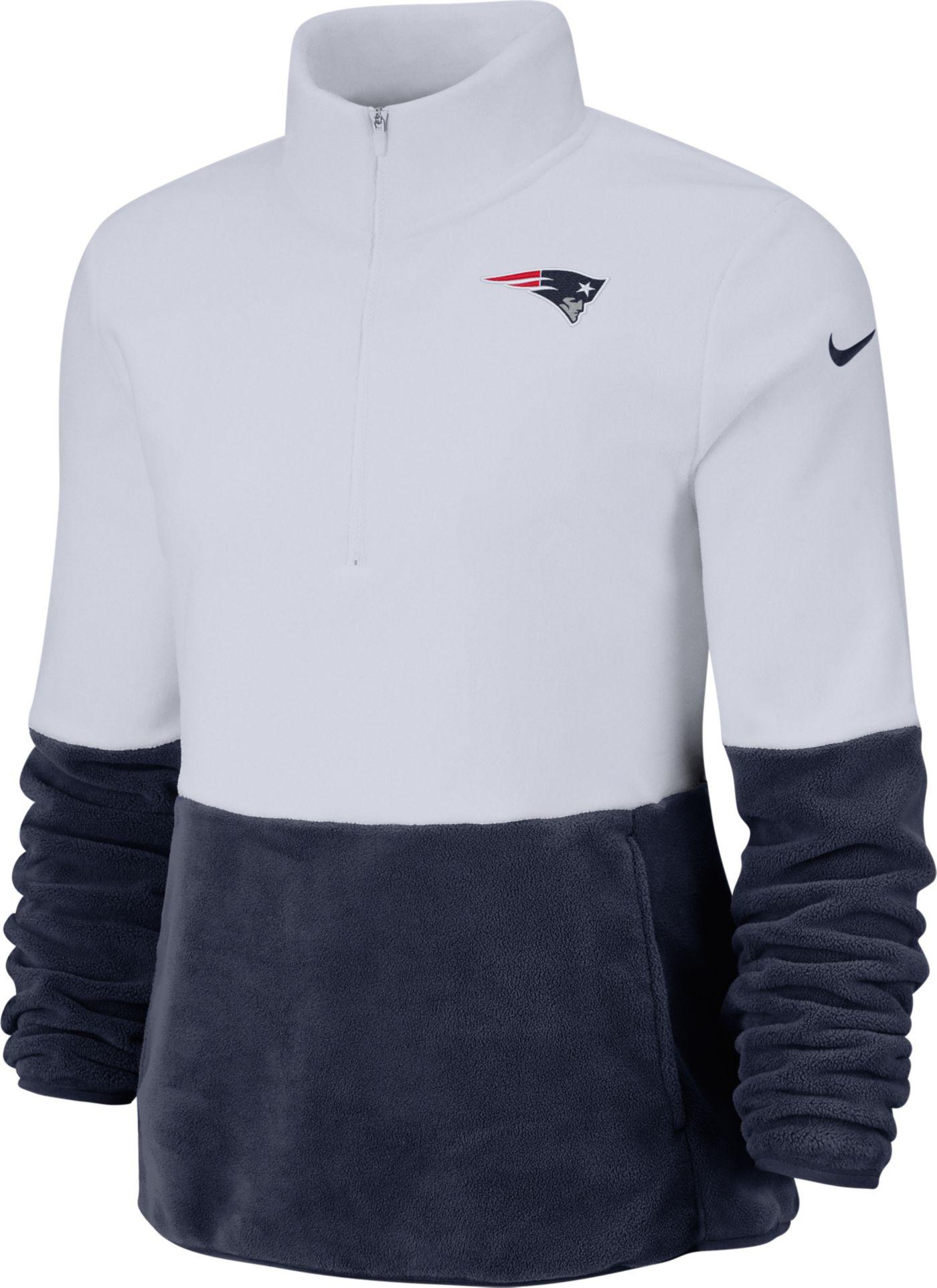 Nike Women's New England Patriots Therma-FIT Fleece Half-Zip Pullover