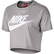 Nike Women's Essential Cropped T-Shirt