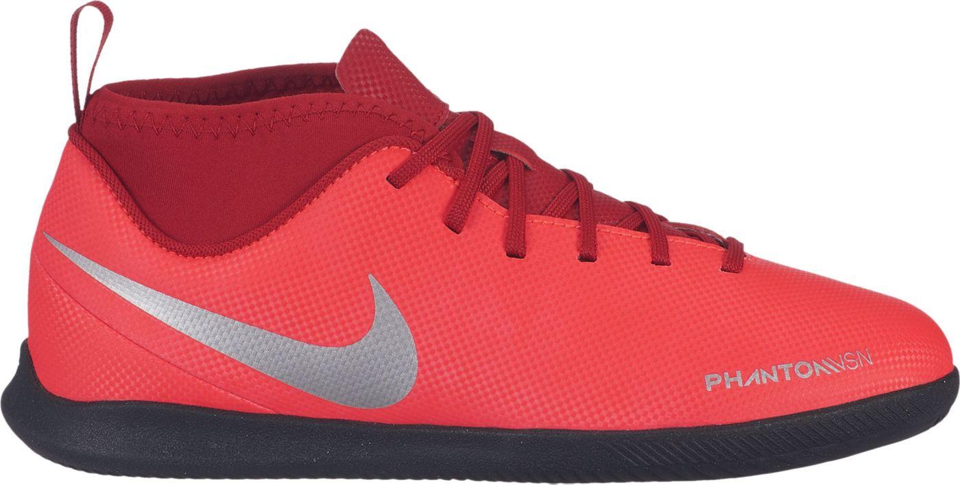 Nike Kids' Phantom Vision Club Dynamic Fit Indoor Soccer Shoes