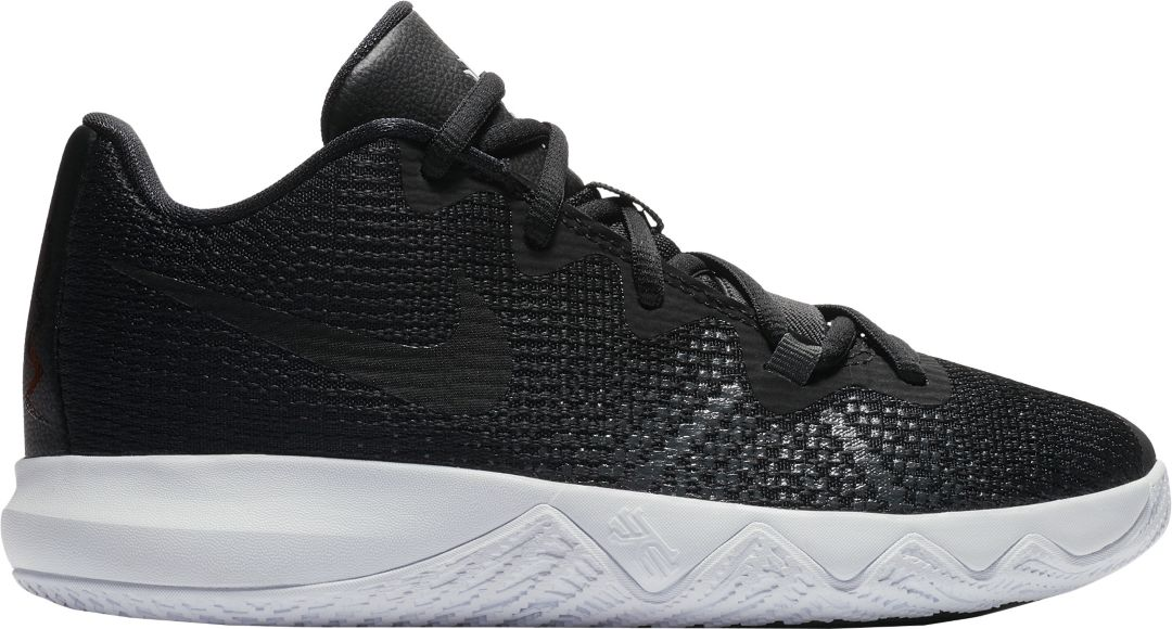 c19a4363d4a4f Nike Kids' Preschool Kyrie Flytrap Basketball Shoes