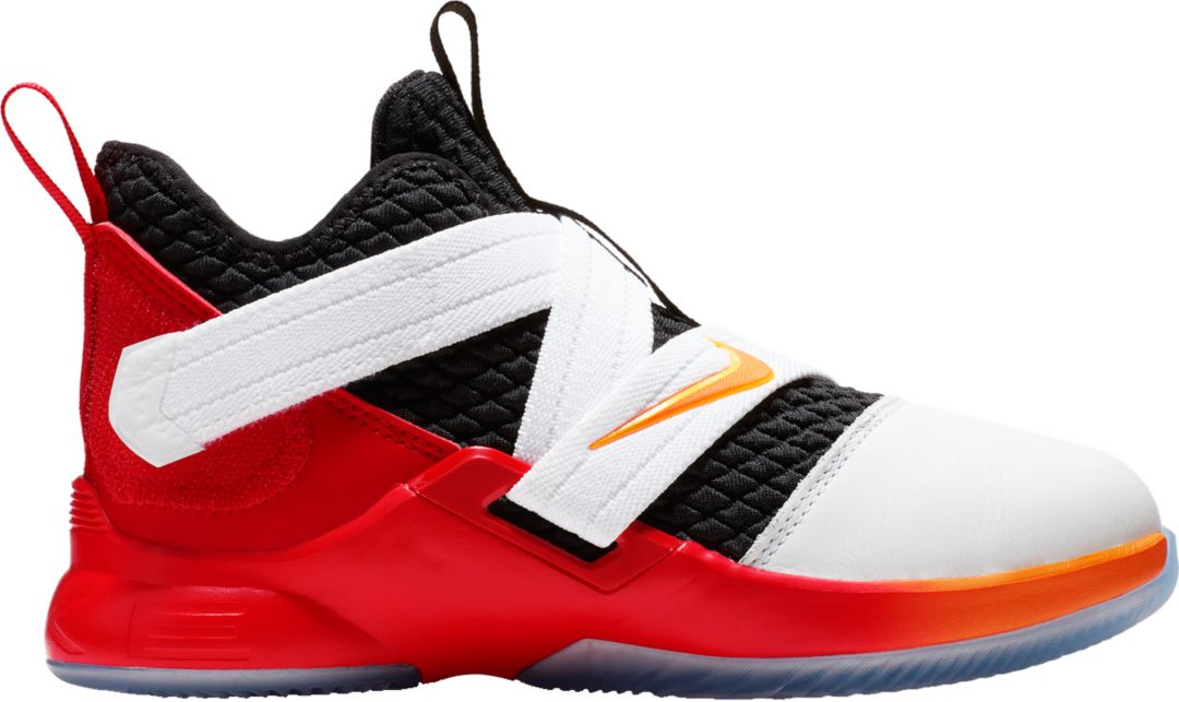 huge discount c81f8 d70f1 Nike Kids' Grade School LeBron Soldier 12 Basketball Shoes