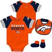NFL Team Apparel Infant Denver Broncos 50-Yard Onesie Set