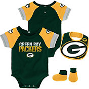 NFL Team Apparel Infant Green Bay Packers 50-Yard Onesie Set
