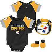 NFL Team Apparel Infant Pittsburgh Steelers 50-Yard Onesie Set
