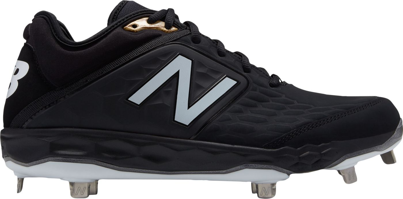 New Balance Men's 3000 V4 Metal Baseball Cleats