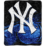 Northwest New York Yankees Big Stick Sherpa Throw