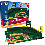 OYO Atlanta Braves Home Run Figurine Set