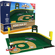 OYO Milwaukee Brewers Home Run Figurine Set