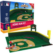 OYO Cleveland Indians Home Run Figurine Set