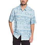 Quiksilver Men's Waterman Akuaku Fish Short Sleeve Shirt