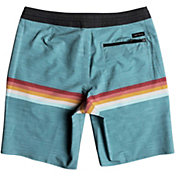 "Quiksilver Men's Seasons 18"" Beach Shorts"