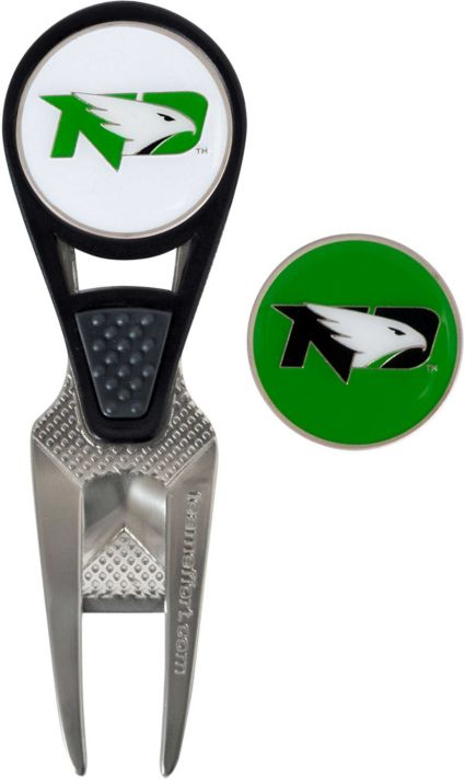 Team Effort North Dakota Fighting Hawks CVX Divot Tool and Ball Marker Set