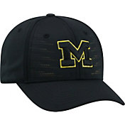 Top of the World Men's Michigan Wolverines Dazed 1Fit Flex Black Hat