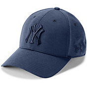Under Armour Men's New York Yankees Tonal Twist Adjustable Hat