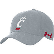 Under Armour Men's Cincinnati Bearcats Grey Novelty Blitzing Hat
