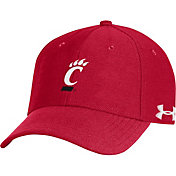 Under Armour Men's Cincinnati Bearcats Red Blitzing Adjustable Hat