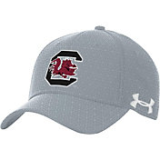 Under Armour Men's South Carolina Gamecocks Grey Novelty Blitzing Hat