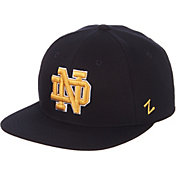 Zephyr Men's Notre Dame Fighting Irish Navy M15 Fitted Hat