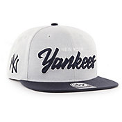 '47 Men's New York Yankees Street Script Captain Adjustable Snapback Hat