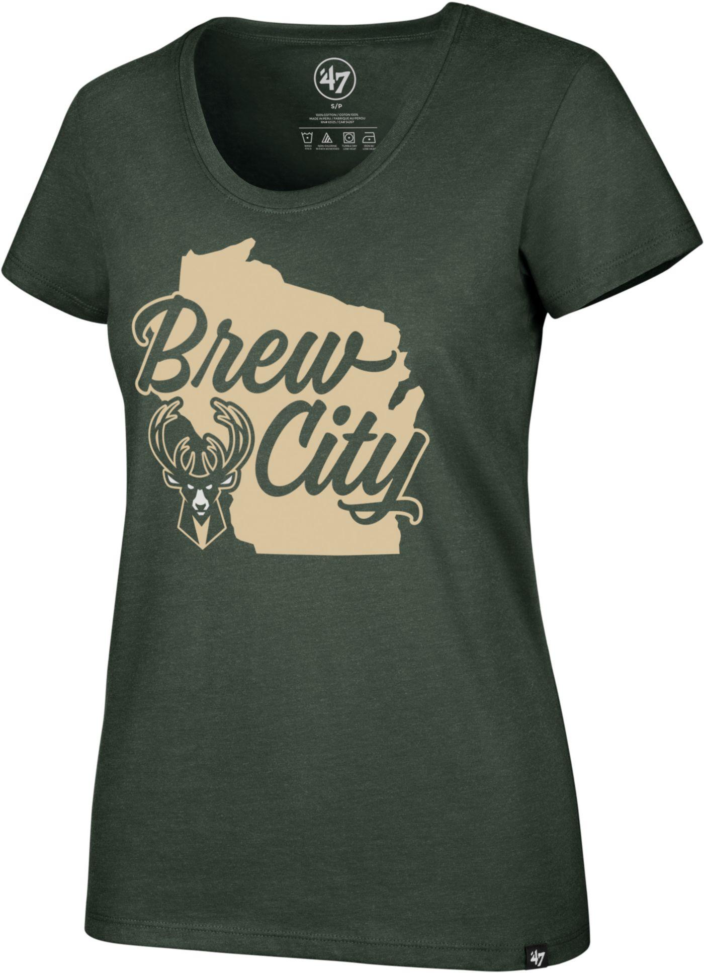 '47 Women's Milwaukee Bucks Scoop Neck T-Shirt