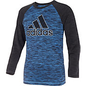 adidas Little Boys' climalite Outline Badge Of Sport Raglan Long Sleeve Shirt