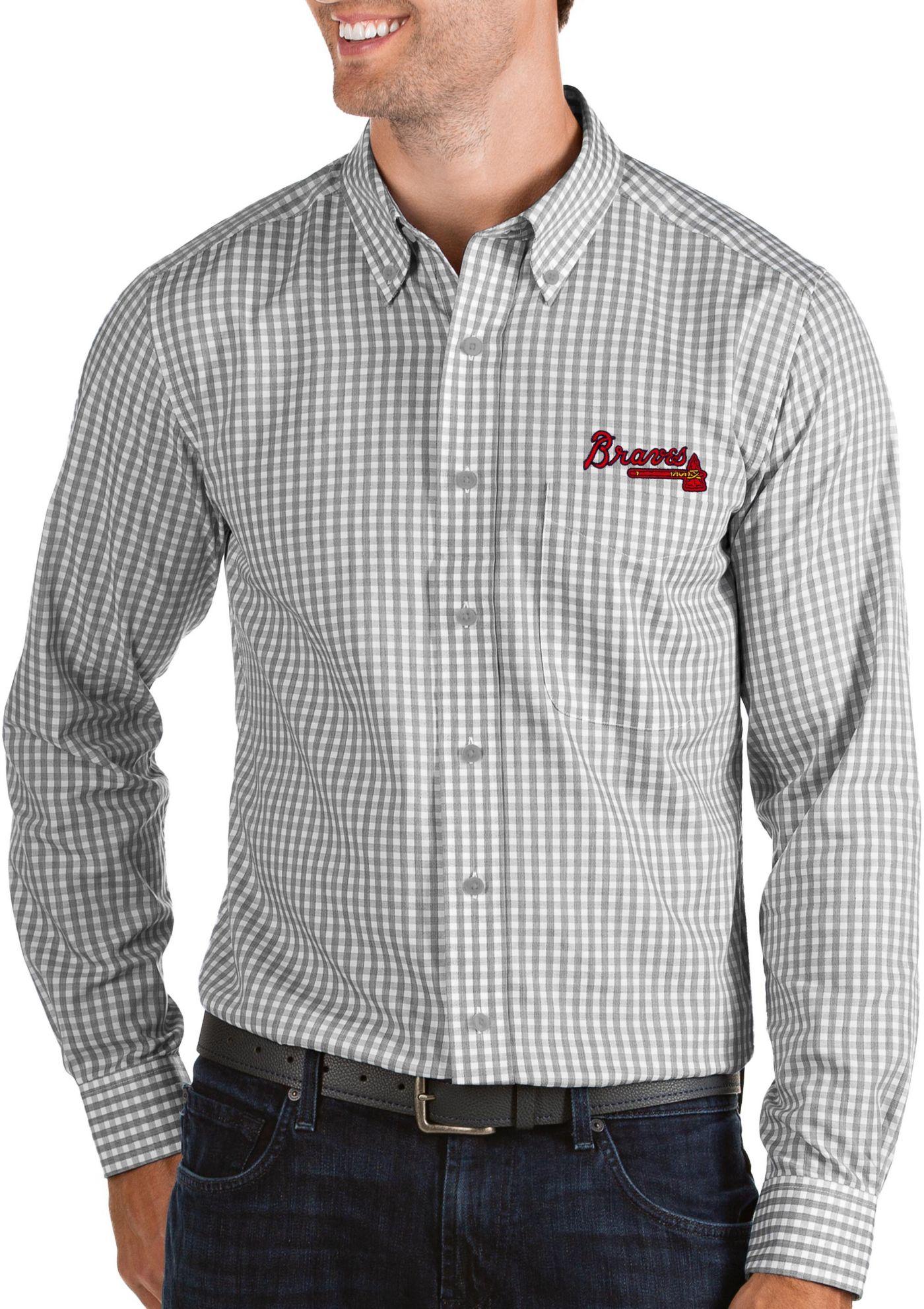 Antigua Men's Atlanta Braves Structure Button-Up Grey Long Sleeve Shirt