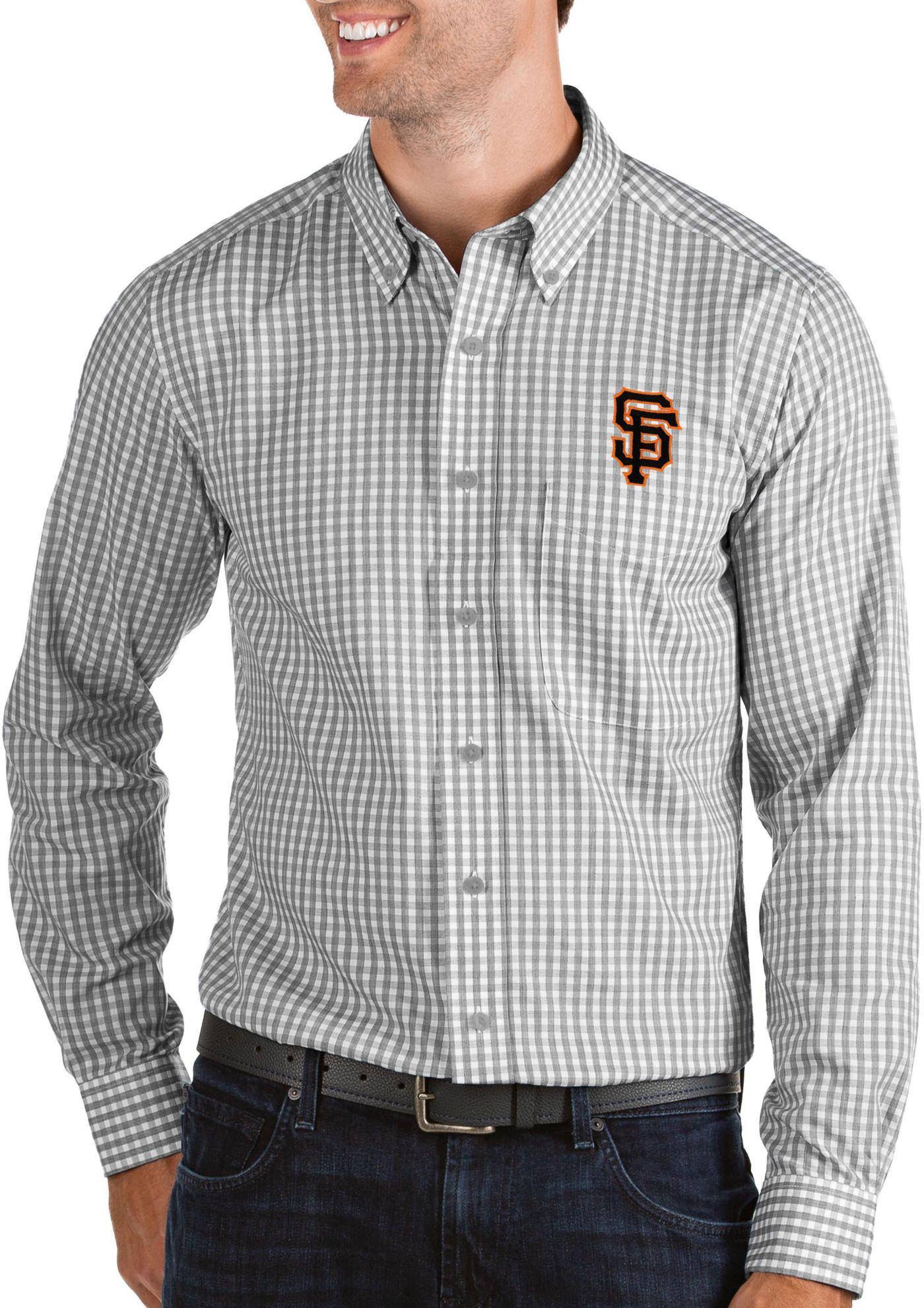 Antigua Men's San Francisco Giants Structure Button-Up Grey Long Sleeve Shirt