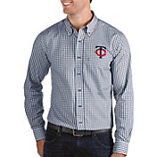 Antigua Men's Minnesota Twins Structure Button-Up Navy Long Sleeve Shirt