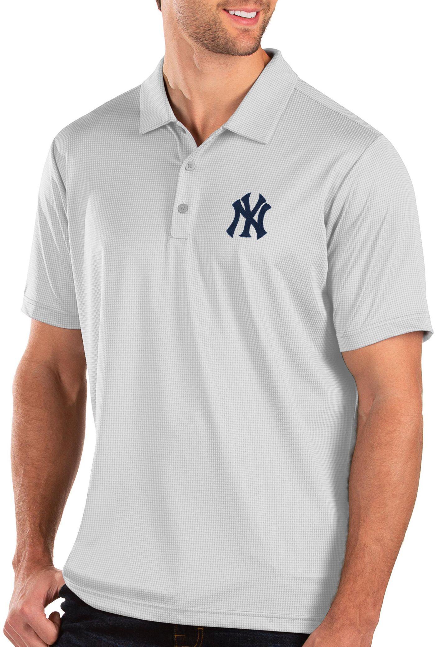 Antigua Men's New York Yankees White Balance Polo